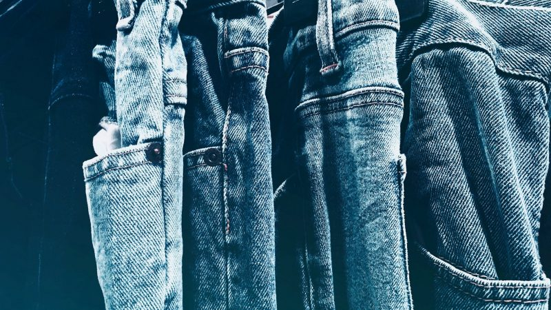 Every Over-Packer Needs This Pair of $30 Jeans
