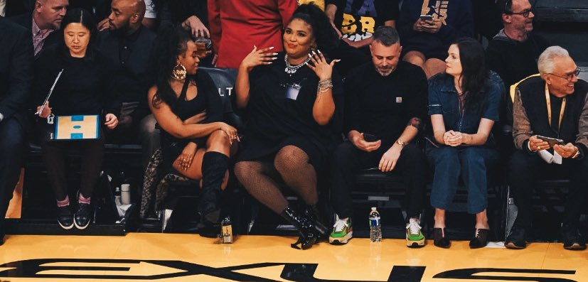 Lizzo Went a Little Crazy at the Lakers Game Sunday Night