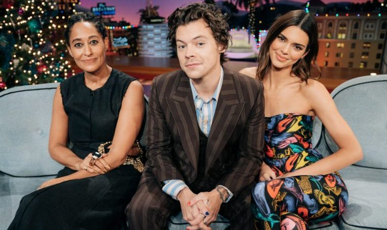 """Harry Styles Hosted, Talked With Kendall Jenner, Performed On """"Late Late Show With James Corden"""" (Special Look)"""