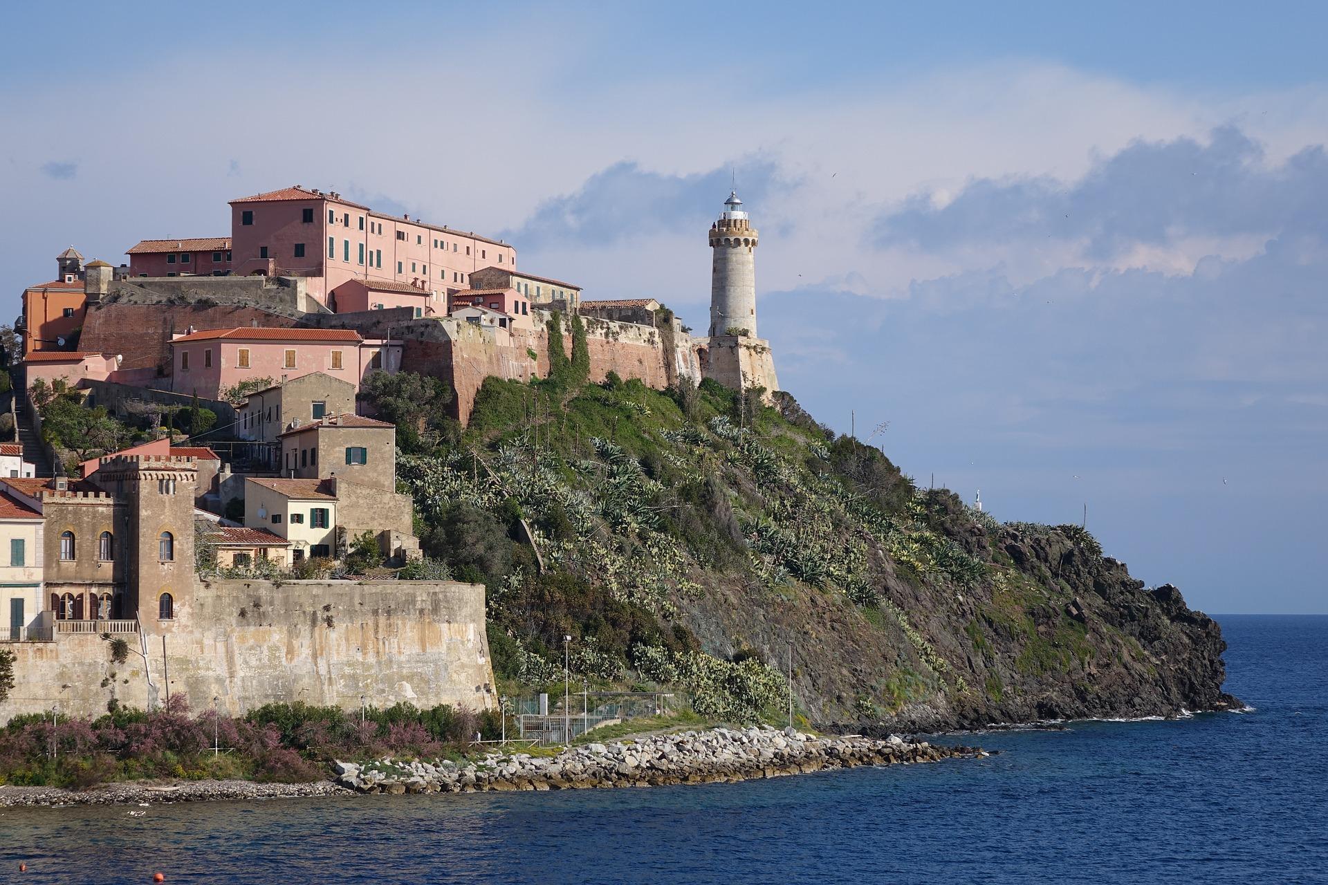 Exploring the tiny Island of Elba, Tuscany, Italy
