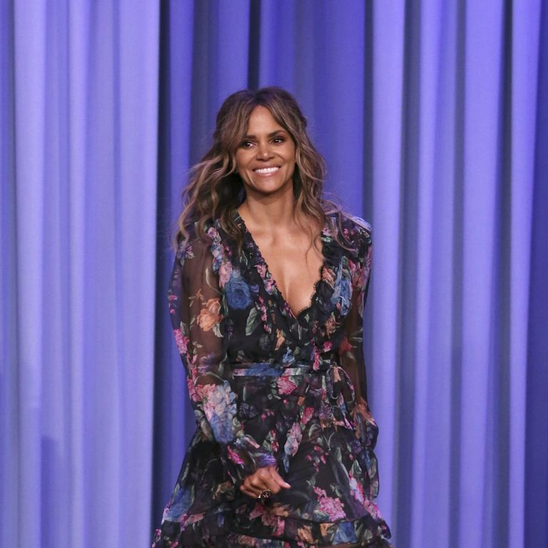 Halle Berry Just Posted A Wet T-Shirt Photo Along With Hydration Tips On Instagram