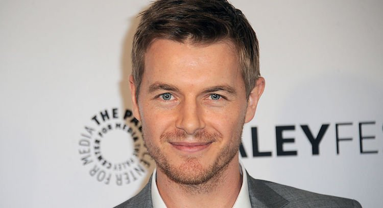 The Flash's Rick Cosnett Comes Out as Gay in Sweet Video